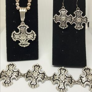 Silver Trio Cross Necklace/Earrings/Bracelet